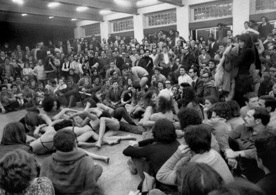 1968_performance_del_living_theatre_al_politecnico